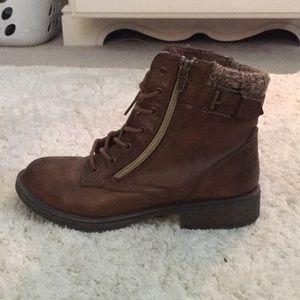 Kids brown combat boots